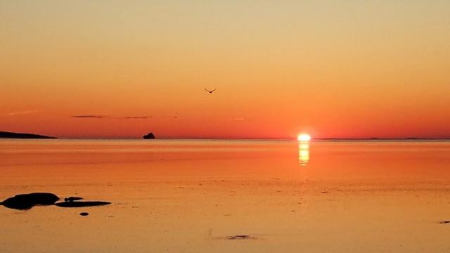 lever de soleil, fleuve, camping du ruisseau rouge